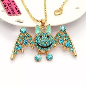 🍭FIRM🍭Betsey Johnson Bat Necklace